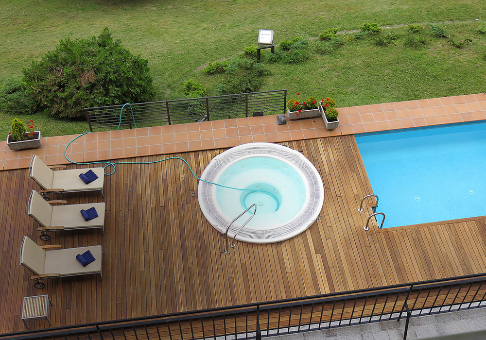 Swimming Pool Supplier